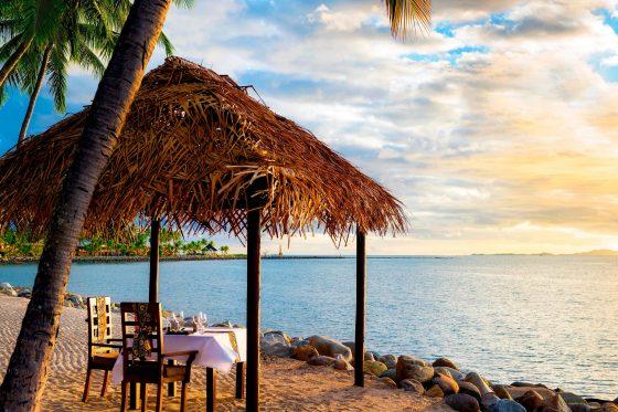 Westin Fiji-beachfront-bure