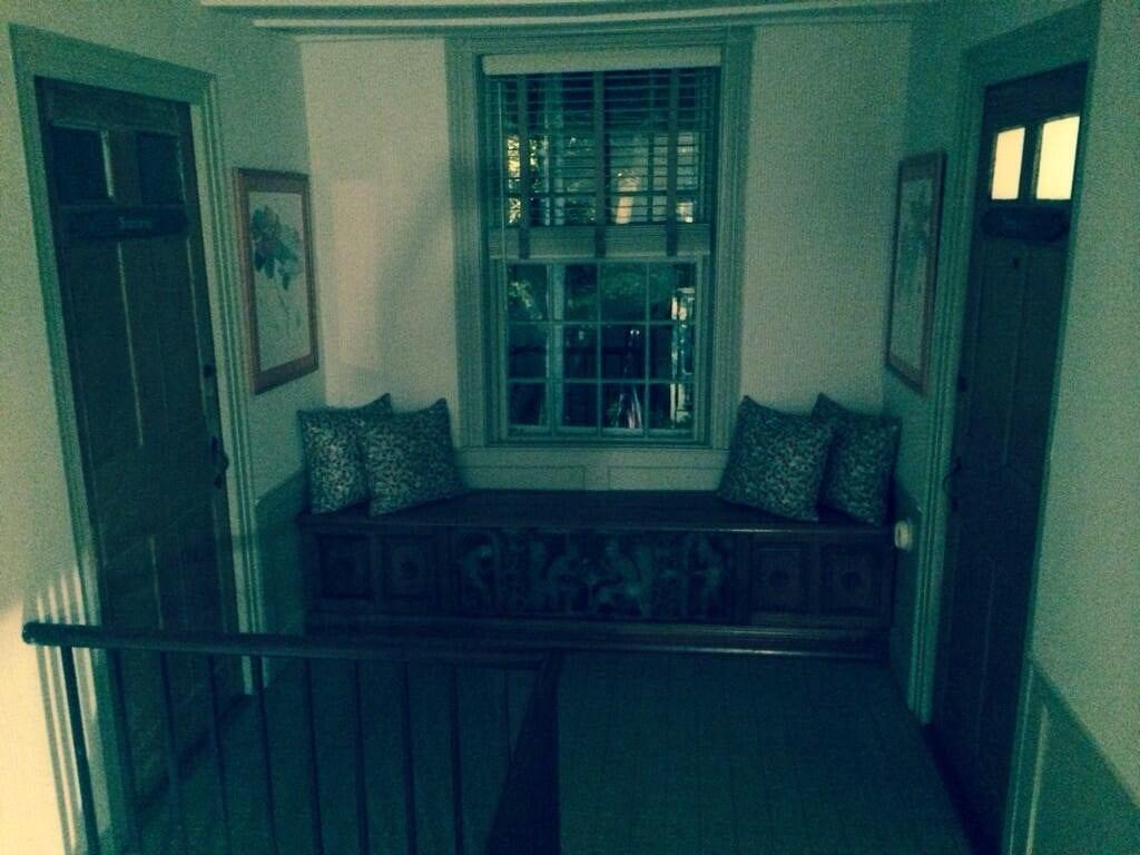Ships Inn - Hallway