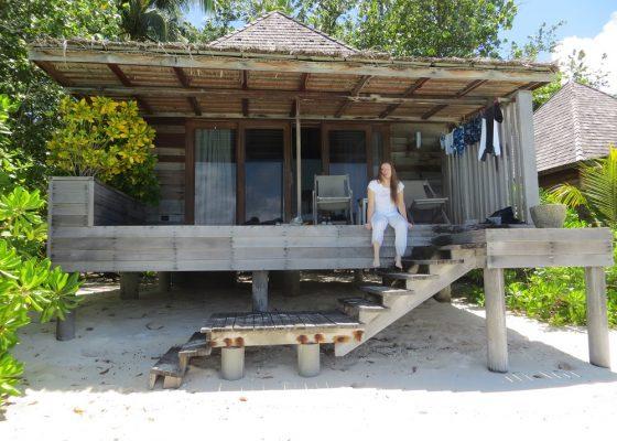 Gangehi Island beach hut