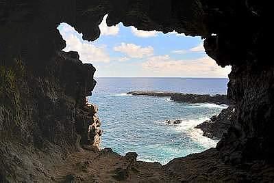 Rapa Hui, Easter Island, Caves