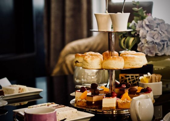 Afternoon tea image by Jelleke Vanooteghem, Unsplash